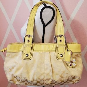 Coach 🐎 Spring Yellow Signature Soho